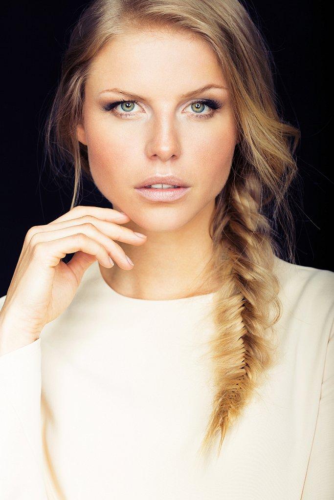 beauty-portrait-juliane-martin-hoehne.jpg