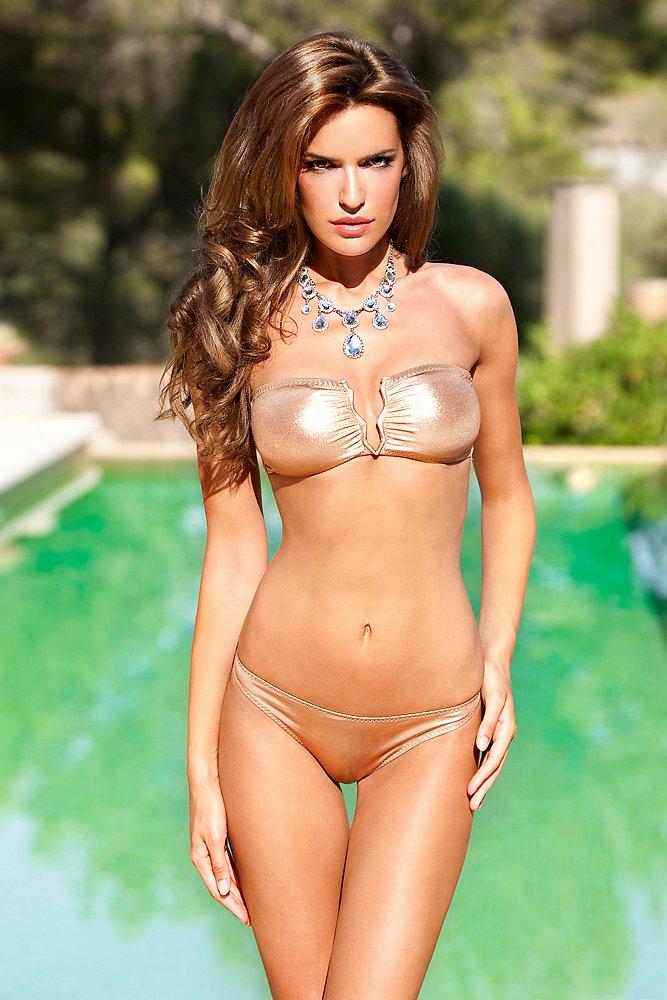 beachwear Erin McWhorter